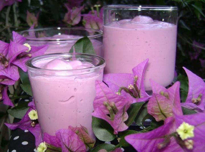 Mousse de uva com iogurte, muito gostoso!