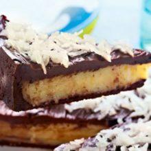 A torta prestígio é perfeita para esses momentos únicos, cremosinha por dentro, com textura delicada que dissolve na boca.
