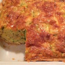 Veja como fazer uma  incrível torta  cremosa de abobrinha.