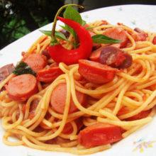 Como tornar macarrão com salsicha prato mais delicioso que comida de restaurante