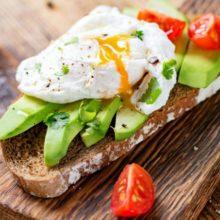 Nutricionista indica cardápio com 6 refeições diárias para perda de peso saudável