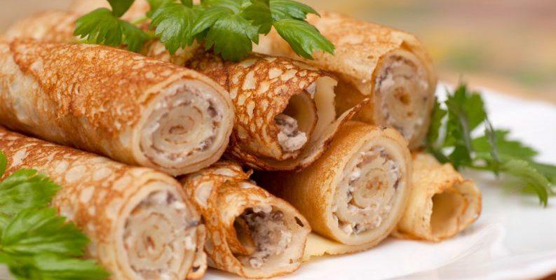 Panqueca de frango sem farinha é leve e deliciosa: receita da massa + recheio