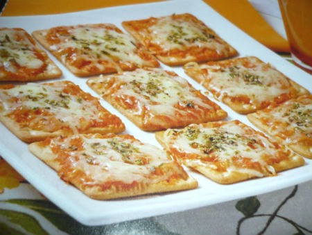 Deliciosa receita de Pizza de biscoito água e sal – É perfeito!