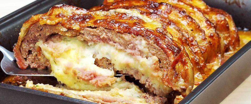 Bolo de Carne com Bacon Recheado de Purê de Batatas-Dica como enrolar  a carne fácil