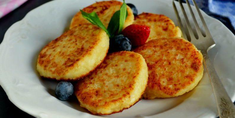 Receita de pão de queijo na frigideira:super fácil de fazer