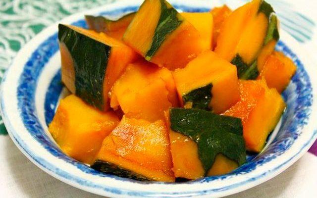 Aprenda a preparar Kabocha no Nimono (abóbora cozida) que está bombando
