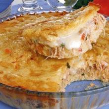 Torta de mandioca com frango e Catupiry®