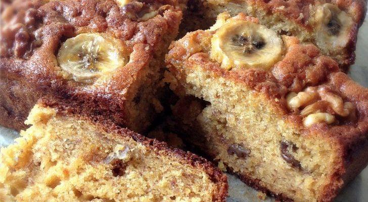 Bolo fit  de banana sem farinha sem açúcar-receita deliciosa