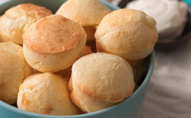 Pão de queijo de batata doce e ricota: aprenda receita levinha e fácil de fazer
