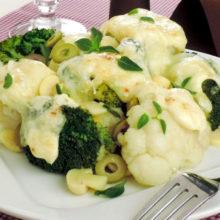 Couve-flor e brócolis gratinado