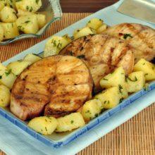 Peixe grelhado com batata