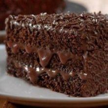 Bolo gelado de chocolate super fácil