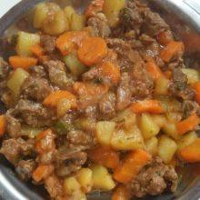 Carne de panela à portuguesa