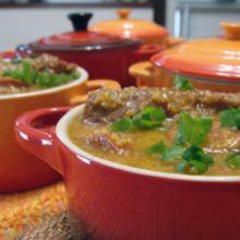 Aprenda a Fazer uma Deliciosa Canjiquinha com Costelinhas de Porco