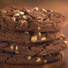 Biscoito de Chocolate com Nozes