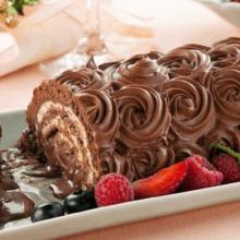 Rocambole de Chocolate com Chantilly