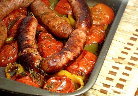 Linguiça à Moda Italiana  Para  Um Almoço Delicioso