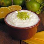 Bolo de Maracujá com uma calda deliciosa